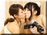 レズのしんぴ・自画撮りレズビアン〜めいちゃんとかりんちゃん〜2・めい かりん