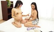 臨月妊婦レズ体験〜のぞみちゃんとまなかちゃん〜1...thumbnai13